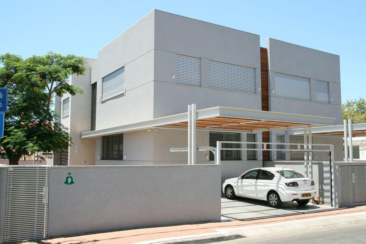 בית דו משפחתי ברמת השרון. אדריכלות מודרנית