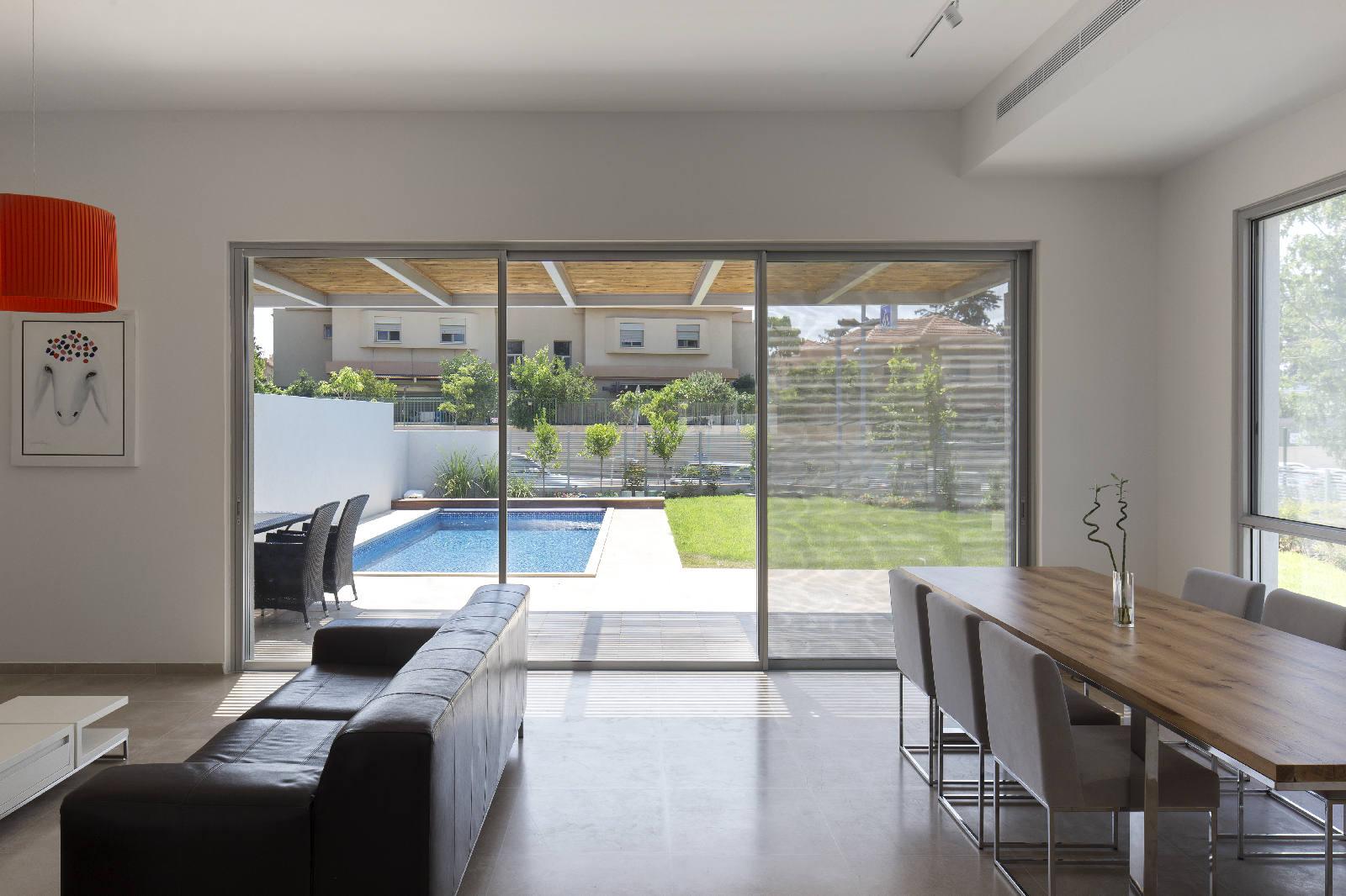 תכנון בית עם בריכה