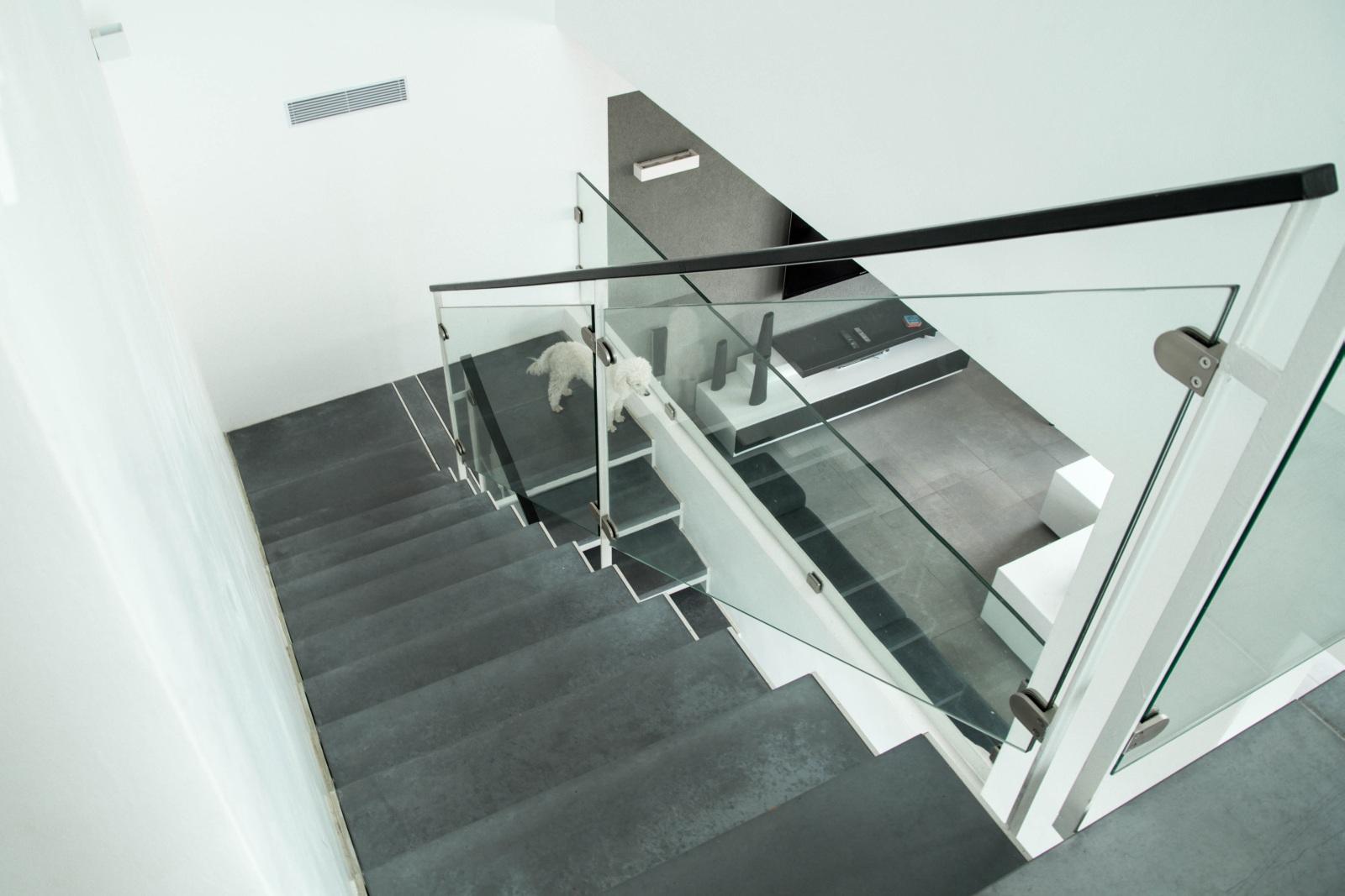 מדרגות ברזל ובטון. תכנון בתים בשוהם