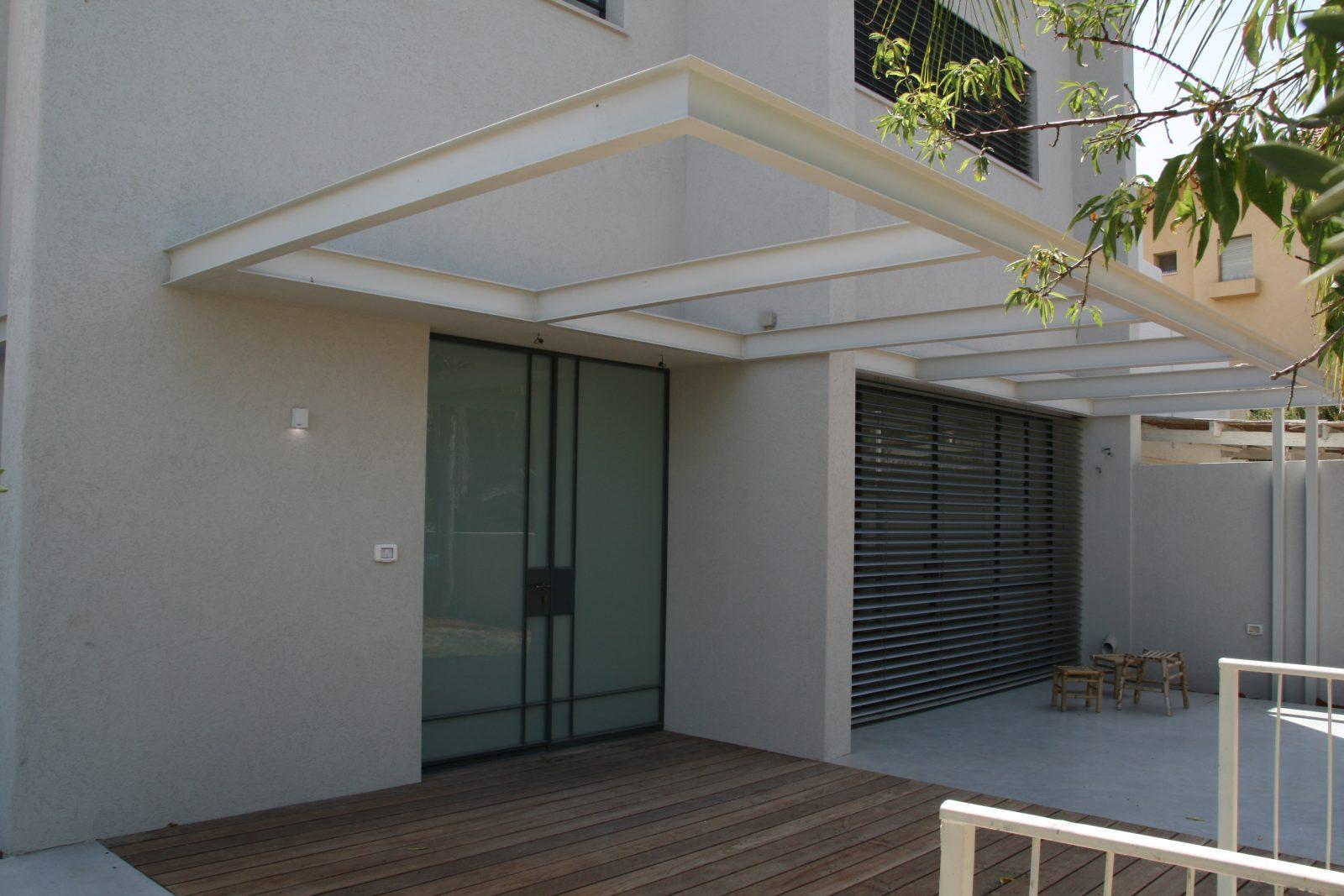 עיצוב אדריכלי בטון ועץ